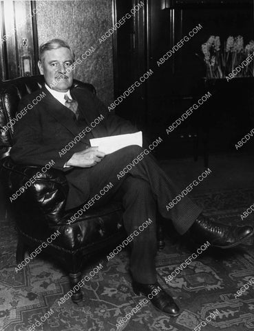 1927 news photo politics William E Dever Mayor of Chicago 1827-26