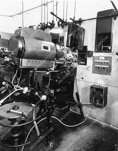 1929 studio projection booth projector w Vitaphone sound disc Tech Art Studios 3516-12