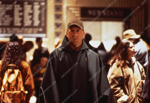 Bruce Willis film Unbreakable 35m-12187