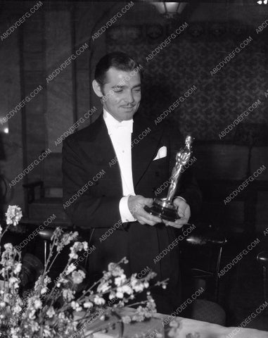 1935 Oscars Clark Gable gets Academy Award It Happened One Night aa1935-02