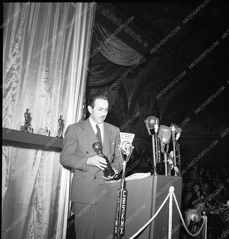 1941 Oscars Walt Disney and Irving Thalberg Award aa1941-01</br>Los Angeles Newspaper press pit reprints from original 4x5 negatives for Academy Awards.