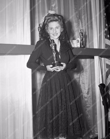1941 Oscars Joan Fontainee and her statue Academy Awards aa1941-26</br>Los Angeles Newspaper press pit reprints from original 4x5 negatives for Academy Awards.
