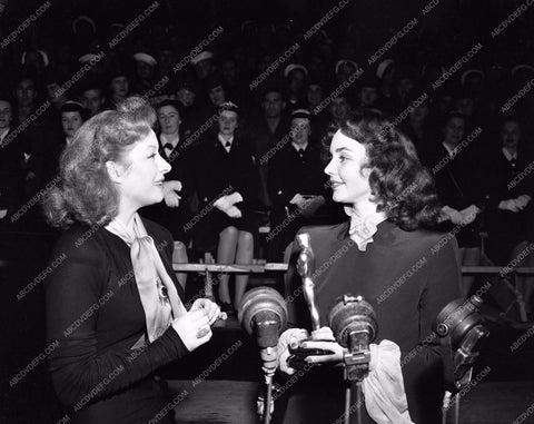 1943 Oscars Greer Garson Jennifer Jones Academy Awards aa1943-29</br>Los Angeles Newspaper press pit reprints from original 4x5 negatives for Academy Awards.