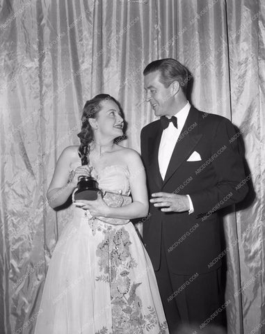 1946 Oscars Olivia de Havilland Ray Milland Academy Awards aa1946-16</br>Los Angeles Newspaper press pit reprints from original 4x5 negatives for Academy Awards.