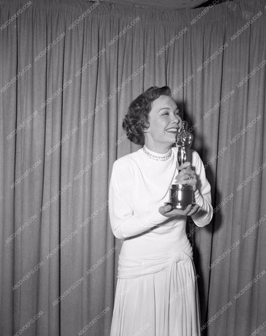 1948 Oscars Jane Wyman and her statue Academy Awards aa1948-18</br>Los Angeles Newspaper press pit reprints from original 4x5 negatives for Academy Awards.