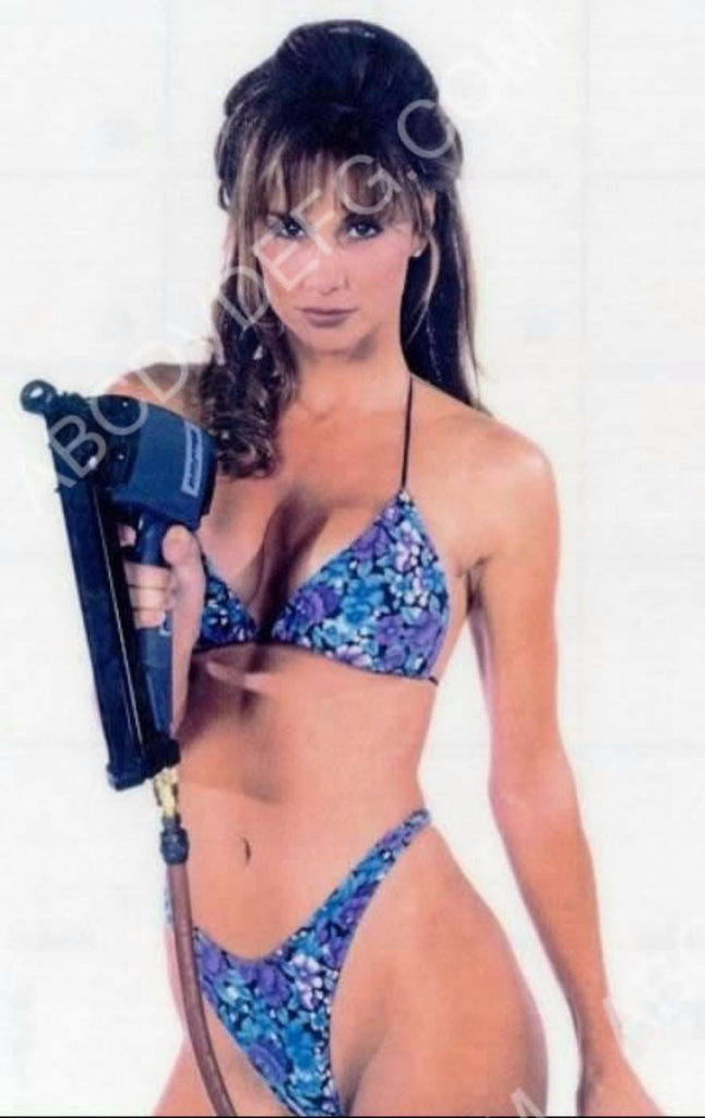 Sexy Debbe Dunning With A Nail Gun 8b20 11507 Abcdvdvideo