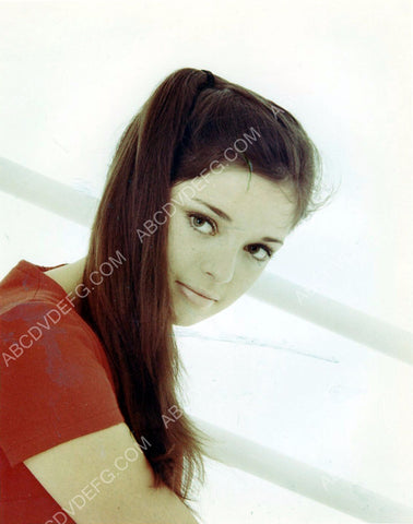 Angela Cartwright portrait 8b20-2093