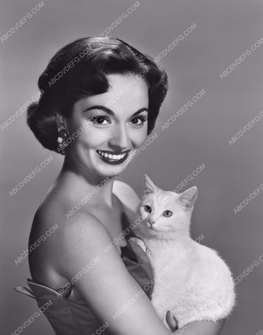 Ann Blythe and her kitty cat 8b20-2287