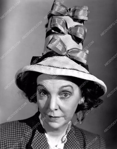 Zasu Pitts w over-the-top hat film Breakfast in Hollywood 8b20-5817