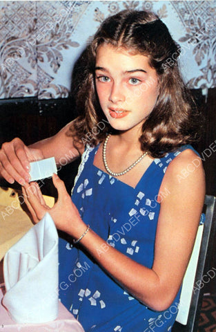 Brooke Shields opens a surprise 8b20-8395