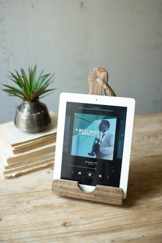 Wooden Cutting Board: iPad Holder