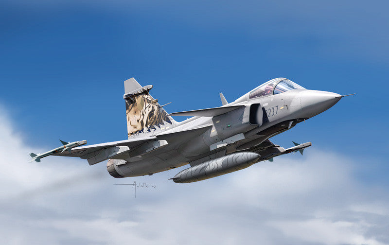 Italeri Aircraft 1/72 JAS 39 Gripen Swedish Multi-Role Fighter Kit