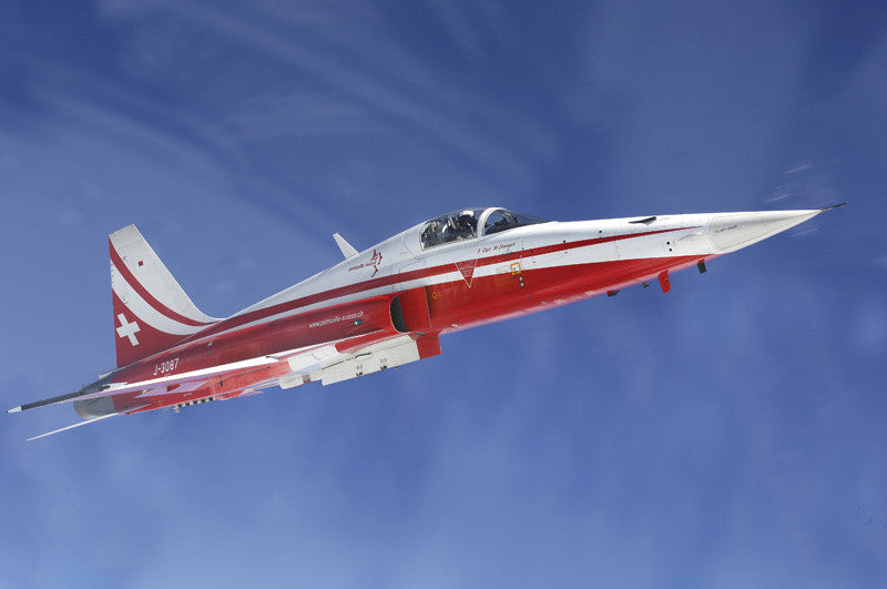 Italeri Aircraft 1/72 F5E Tiger II Patrouille Suisse Swiss AF Aerobatic Team Jet Aircraft Kit