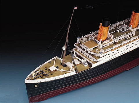 Academy Ships 1/400 RMS Titanic Ocean Liner Kit