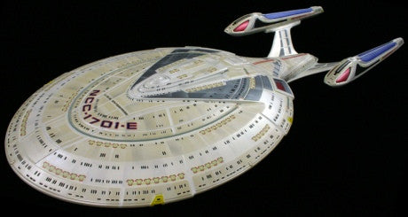 AMT Sci-Fi Models 1/1400 Star Trek USS Enterprise NCC1701E Kit