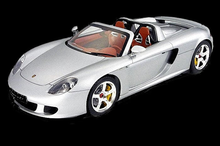 Tamiya Model Cars 1/24 Porsche Carrera GT Car Kit