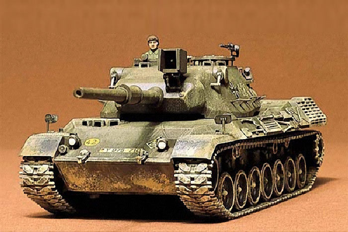Tamiya Military 1/35 W. German Leopard Tank Kit