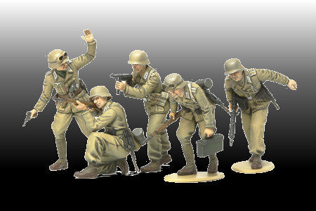 Tamiya Military 1/35 WWII German Africa Corps Infantry (5 Figures) Kit