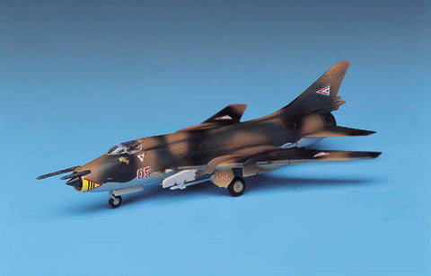 Academy Aircraft 1/144 SU22 Fitter Fighter Kit
