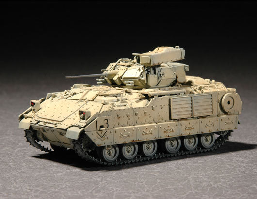 Trumpeter Military Models 1/72 M2A2 ODS/ODS-E Bradley Fighting Vehicle Kit