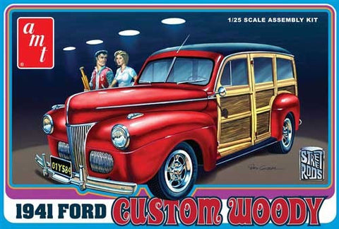 AMT Model Cars 1/25 1941 Ford Custom Woody Car Kit
