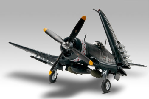 Revell-Monogram Aircraft 1/48 F4U4 Corsair Fighter Kit