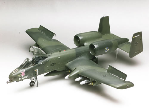 Revell-Monogram Aircraft 1/48 A10 Warthog Fighter Kit