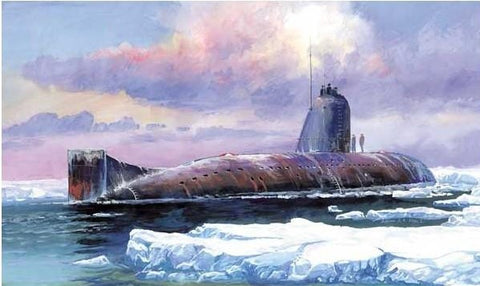 Zvezda Ships 1/350 Soviet K3 November Class Nuclear Submarine Kit