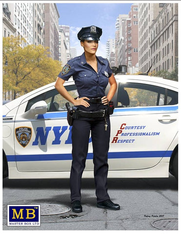 Master Box Cars 1/24 Ashley Modern Police Woman Kit