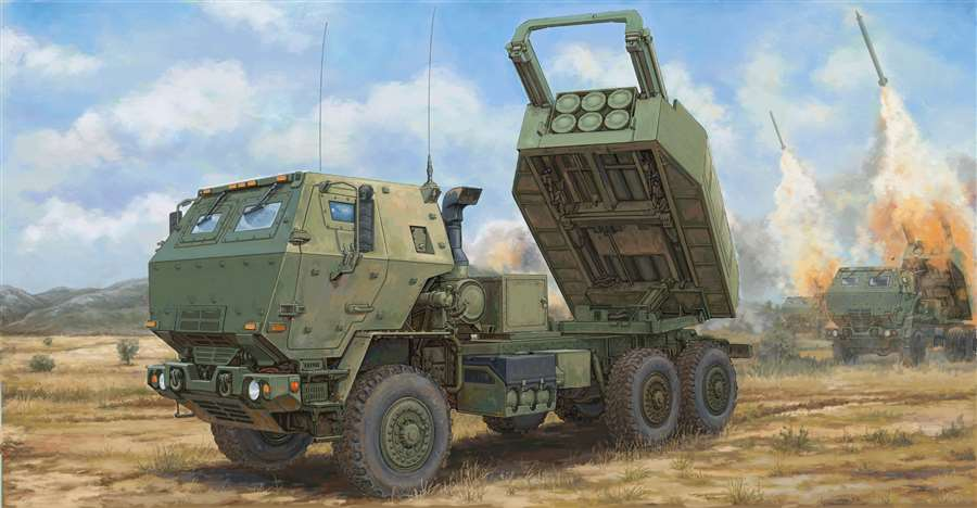 Trumpeter Military 1/35 M142 High Mobility Artillery Rocket System (HIMARS) Vehicle Kit