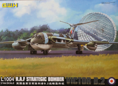 Lion Roar Aircraft 1/144 RAF Strategic Bomber Victor B.2 Kit