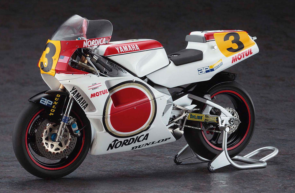 Hasegawa Model Cars 1/12 Yamaha YZR500 Team Lucky Strike Limited Edition Kit