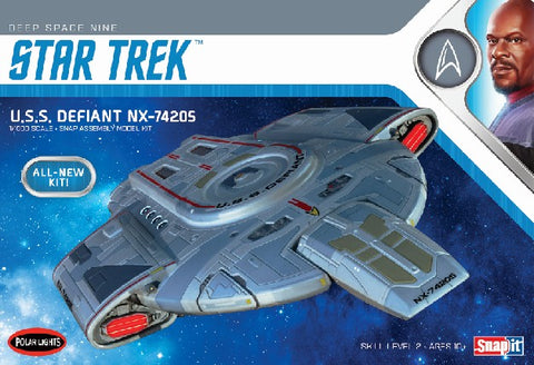 Polar Lights Sci-Fi 1/1000 Star Trek USS Defiant Kit