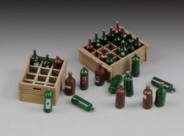 Royal Model 1/35 Wine Bottles & Crates Resin Kit