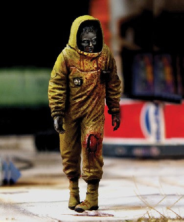 Royal Model Sci-Fi 1/35 Zombie in NBC Coverall Resin Kit