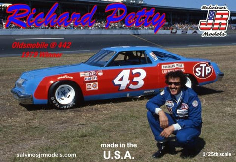 Salvinos Jr. 1/25 Richard Petty #43 Oldsmobile 442 1979 Daytona 500 Winner Race Car Kit