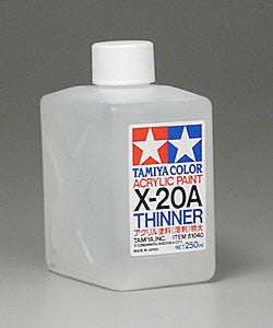 Tamiya Acrylic/Poly Thinner X20A 250 ml Bottle