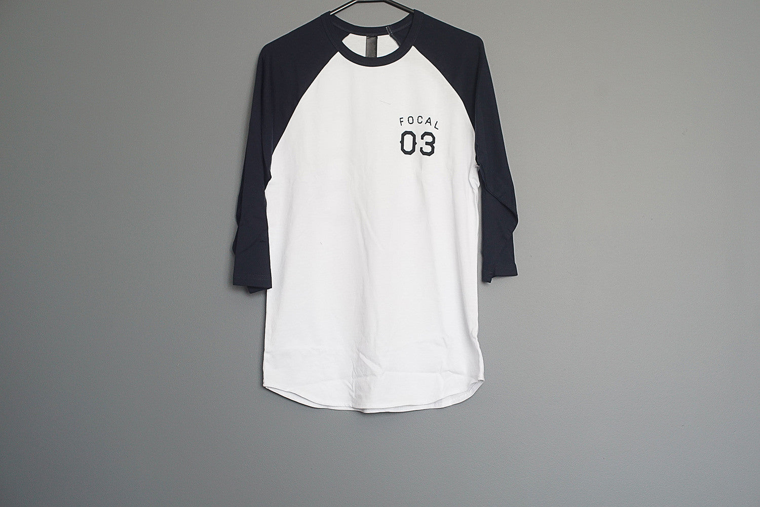 Focal 03 Raglan - White/Navy