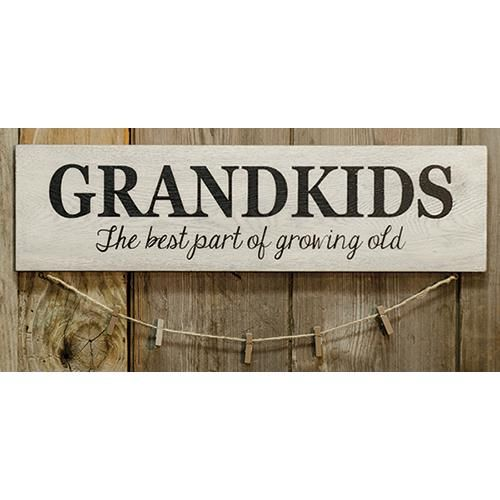 GRANDKIDS SIGN W/ CLOTHESPINS