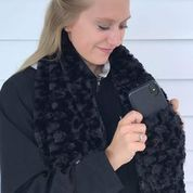 Virah Bella Pocket Scarf - Faux Fur