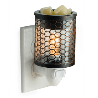 Chicken Wire plug-in warmer