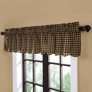 VHC BLACK CHECK SCALLOPED VALANCE 16 X 72