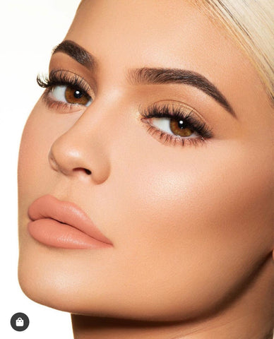 kylie jenner eye color is light brown