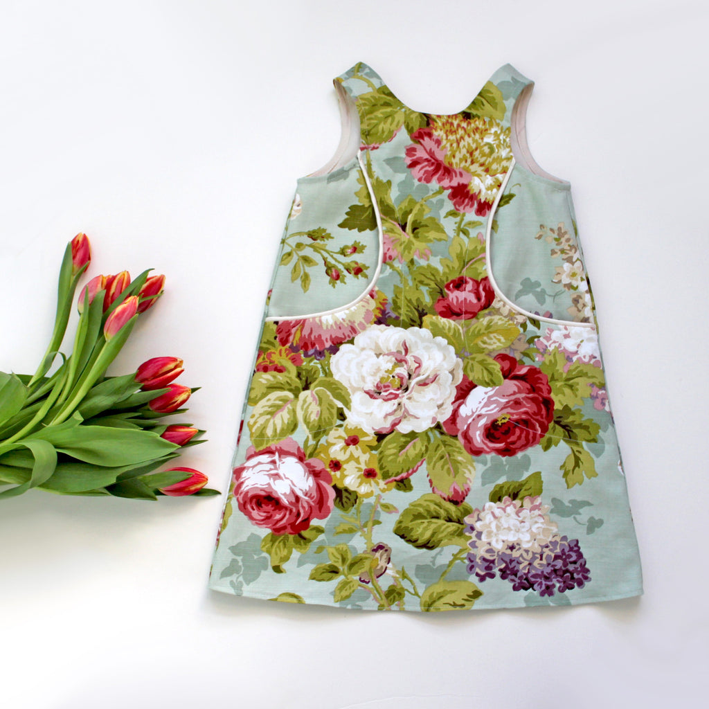 Rose Bouquet Pocket Dress