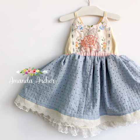 Vintage Embroidery and Eyelet Dress blue/peach