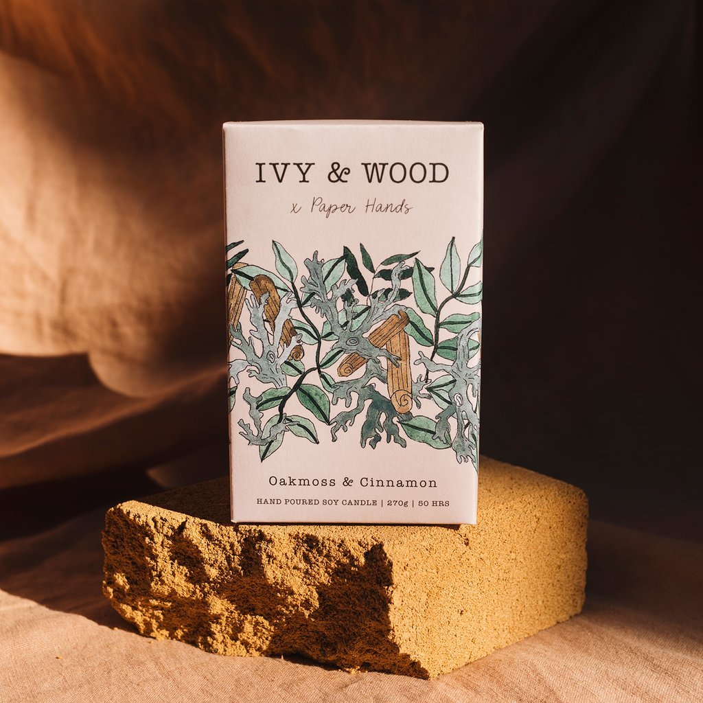 Ivy and Wood Candle - Oakmoss and Cinnamon