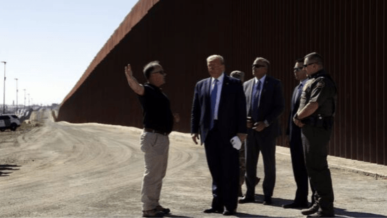 "President Visits San Diego Border; ""This Wall Can't Be Climbed"""