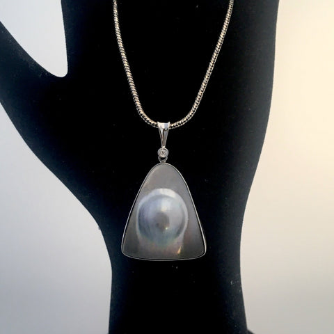 14k white gold South Sea Mabe Blister Pearl Enhancer Pendant