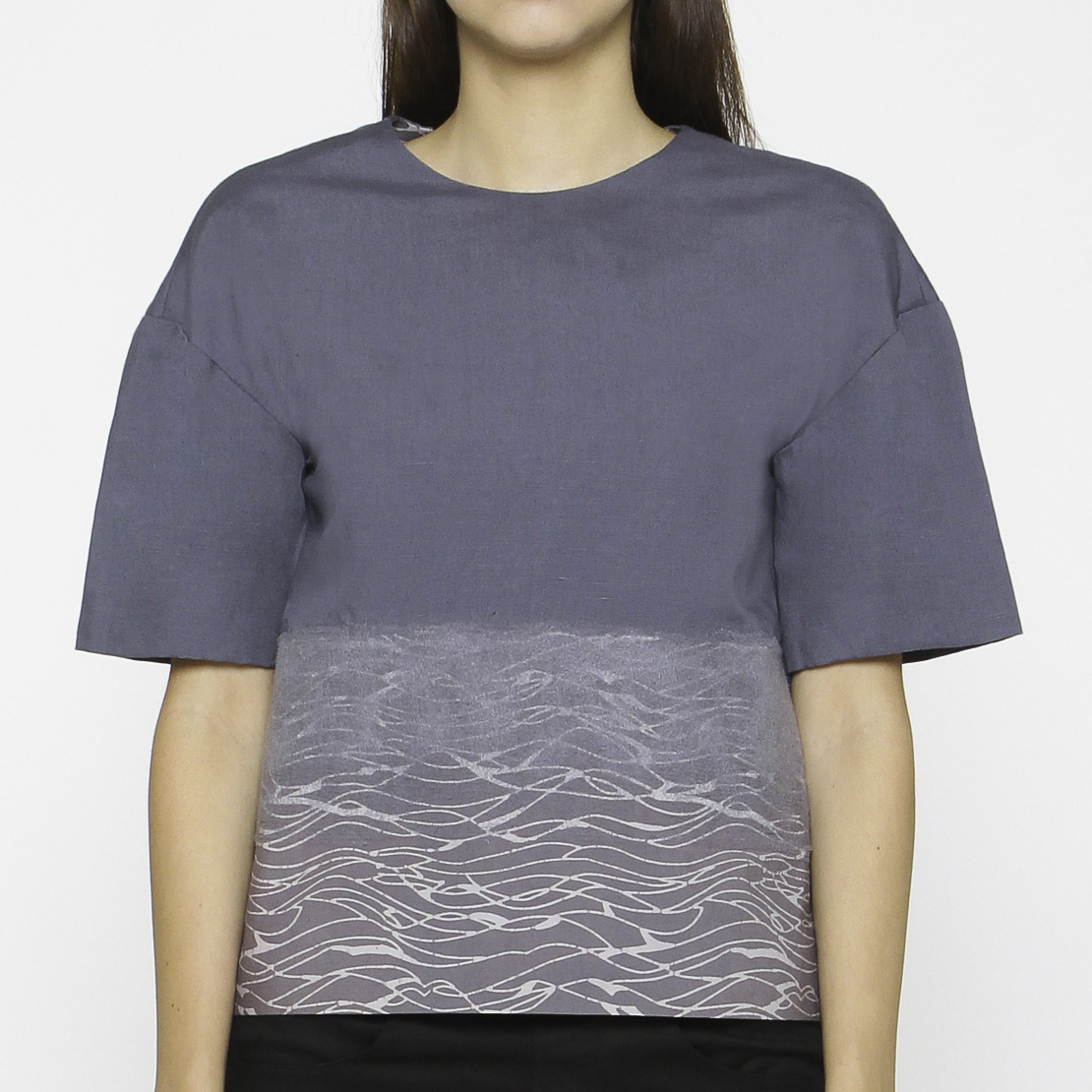 Women Morphing V-back Top : Gringsing Wave