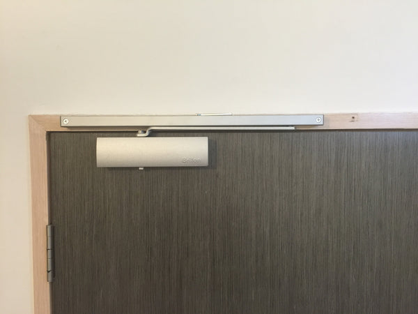BRITON S8000 Door Closer with Arm